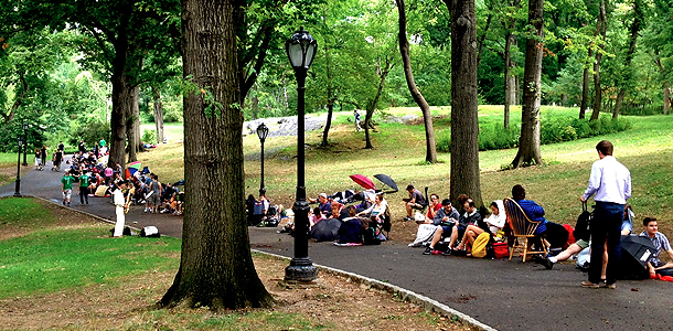 072213shakespeare-in-the-park-line